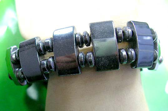 Self healing hematite jewelry online wholesale, adjustable hematite bracelet with rectangular and four beads inlaid